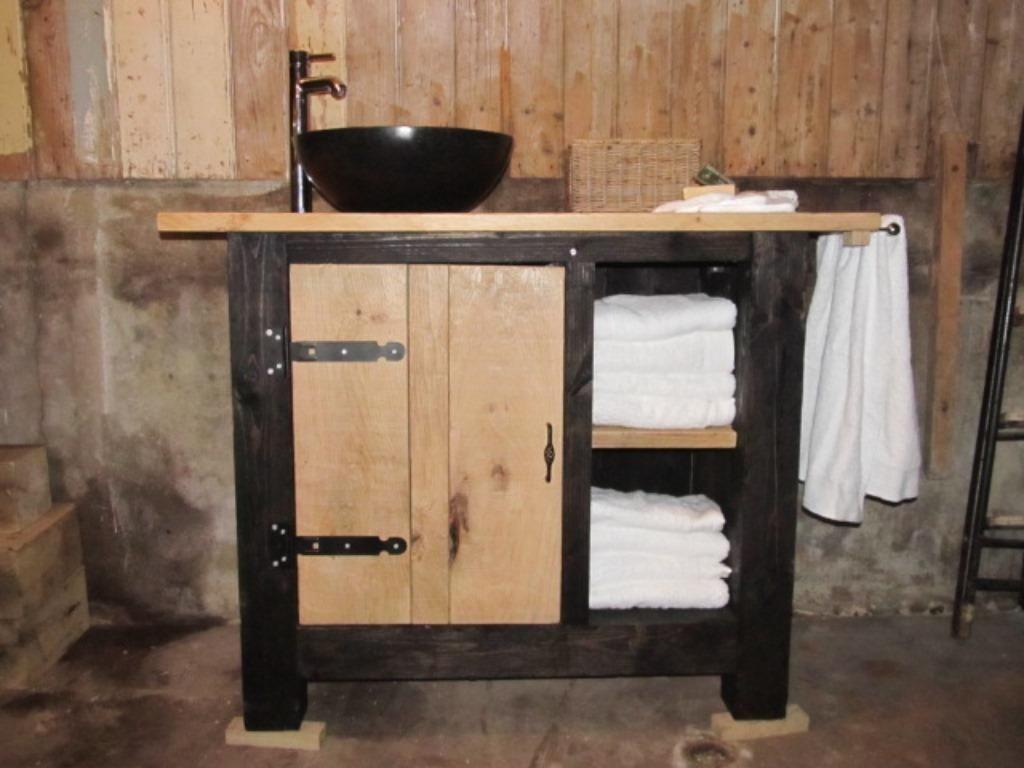 ≥ robuuste badkamermeubels van massief eiken hout - Badkamer ...