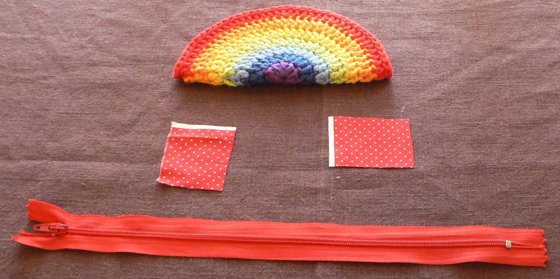 Rainbow Crochet Zipped Coin Purse Tutorial « SparklePetal
