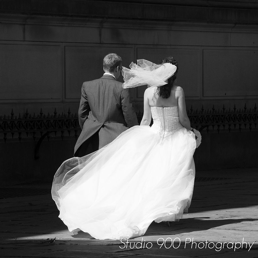 Wirral Wedding Photography By Studio 900 Photographers At St Georges Hall Liverpool