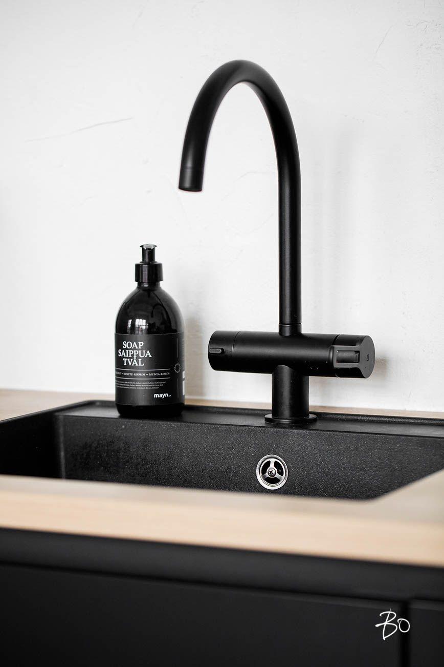 Les 25 meilleures id es de la cat gorie robinet noir sur for Robinet salle de bain ikea