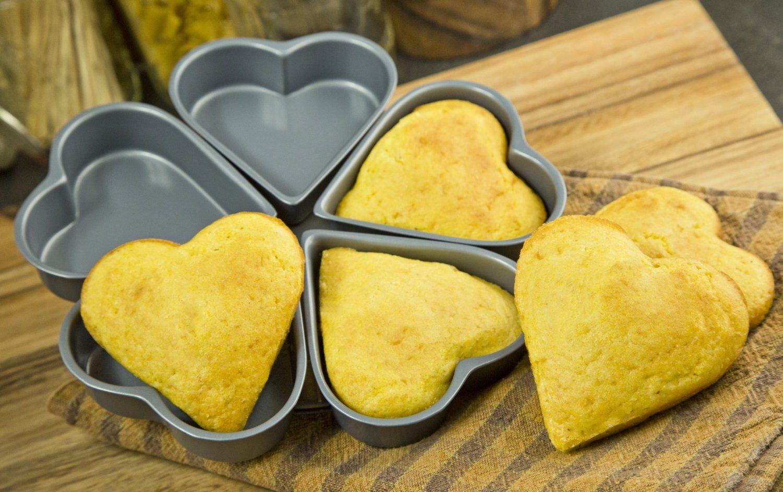 Linked heart pans cake baking pans cake pans bundt