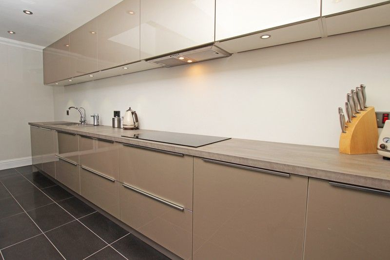 Champagne Acrylic Kitchens Kitchen Kitchen Showroom Kitchen