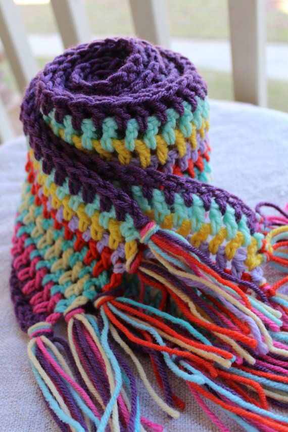 crocheted scarf found at catnapcottage on Etsy.