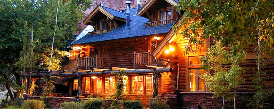 Teasdale Ut Red River Ranch Located Just Minutes From The Entrance To Capitol Reef National Park Features 15 Rooms And Is On An Expansive 2 000