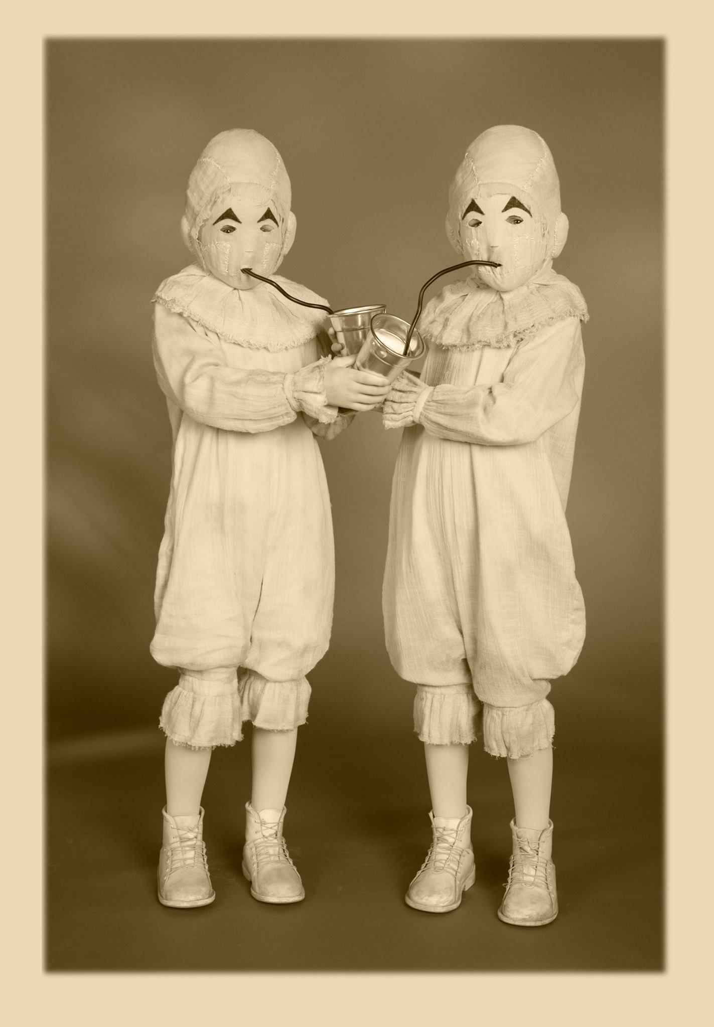 A Look At The Telepathic Twins In A Vintage Portrait Series By Leah Gall Miss Peregrine S Peculiar Children Peculiar Children Miss Peregrines Home For Peculiar