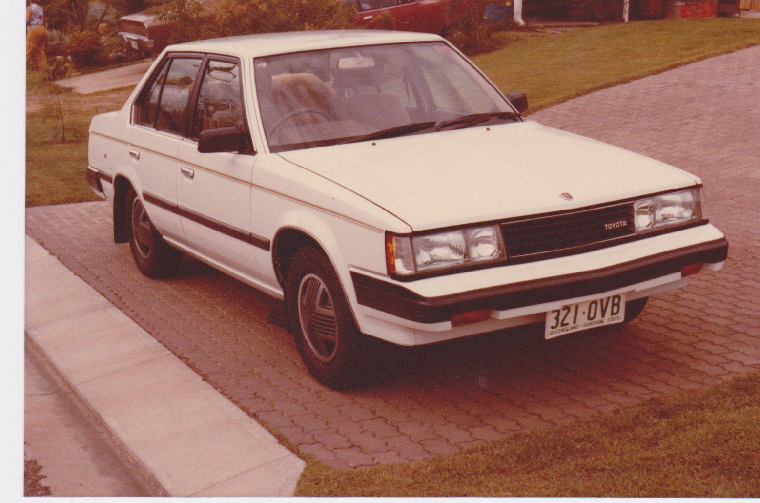 toyota corona cs x two litre four cylinder manual 1983 1985 we rh pinterest co uk 1989 Toyota Corona 1989 Toyota Corona