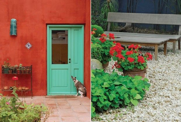 Patios coloridos buscar con google pintura exterior for Adornos patios jardines