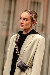 Photo of Pannebånd, pins og satengbuer: Hårtilbehør tar over NYFW Street Style – #a …