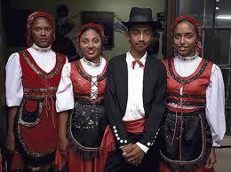 Uerasian Pakaian Tradisional Kaum Kaum Di Malaysia Pakaian Malaysia Keturunan