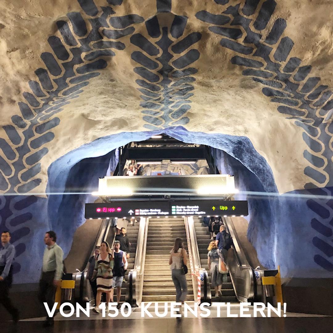 Vor einer Woche trieb es uns endlich in die Hauptstadt von Schweden. Stockholm hat wirklich viel zu bieten, von dem ich euch hier auf jeden Fall auch noch erzählen möchte. Heute soll es um die Tunnelbana, also die U-Bahn von Stockholm gehen. Diese ist nämlich ganz besonders in dieser zauberhaften Stadt!  Im Gegensatz zu vielen anderen U-Bahnen, die meistens nicht besonders beeindruckend, fad oder sogar eklig aussehen, hat sich Stockholm vorgenommen, es anders zu machen.