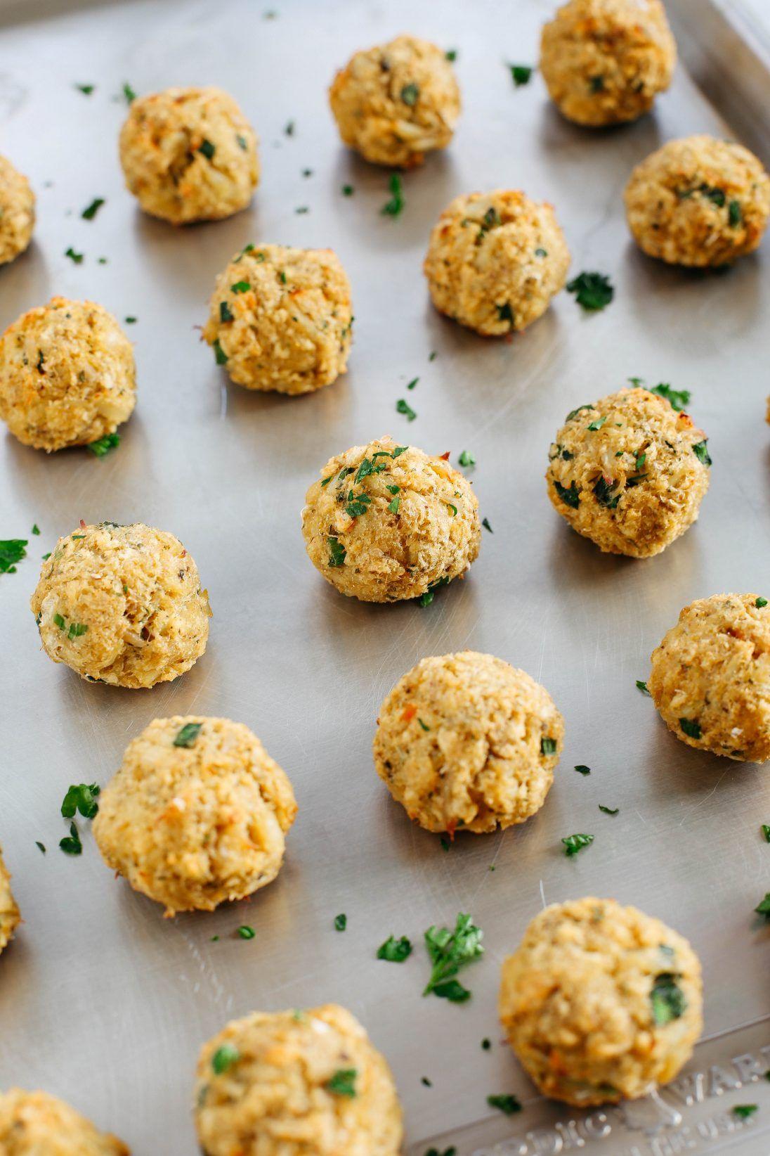 Baked crab cake balls with sriracha dipping sauce recipe
