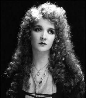 Image result for Phantom of the Opera 1925 Phantom and Christine