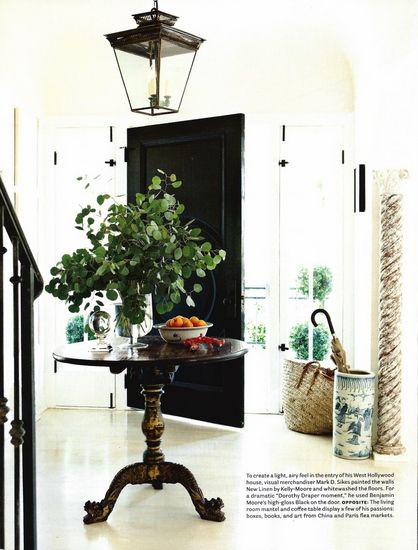 Columns Round Entry Table Foyer