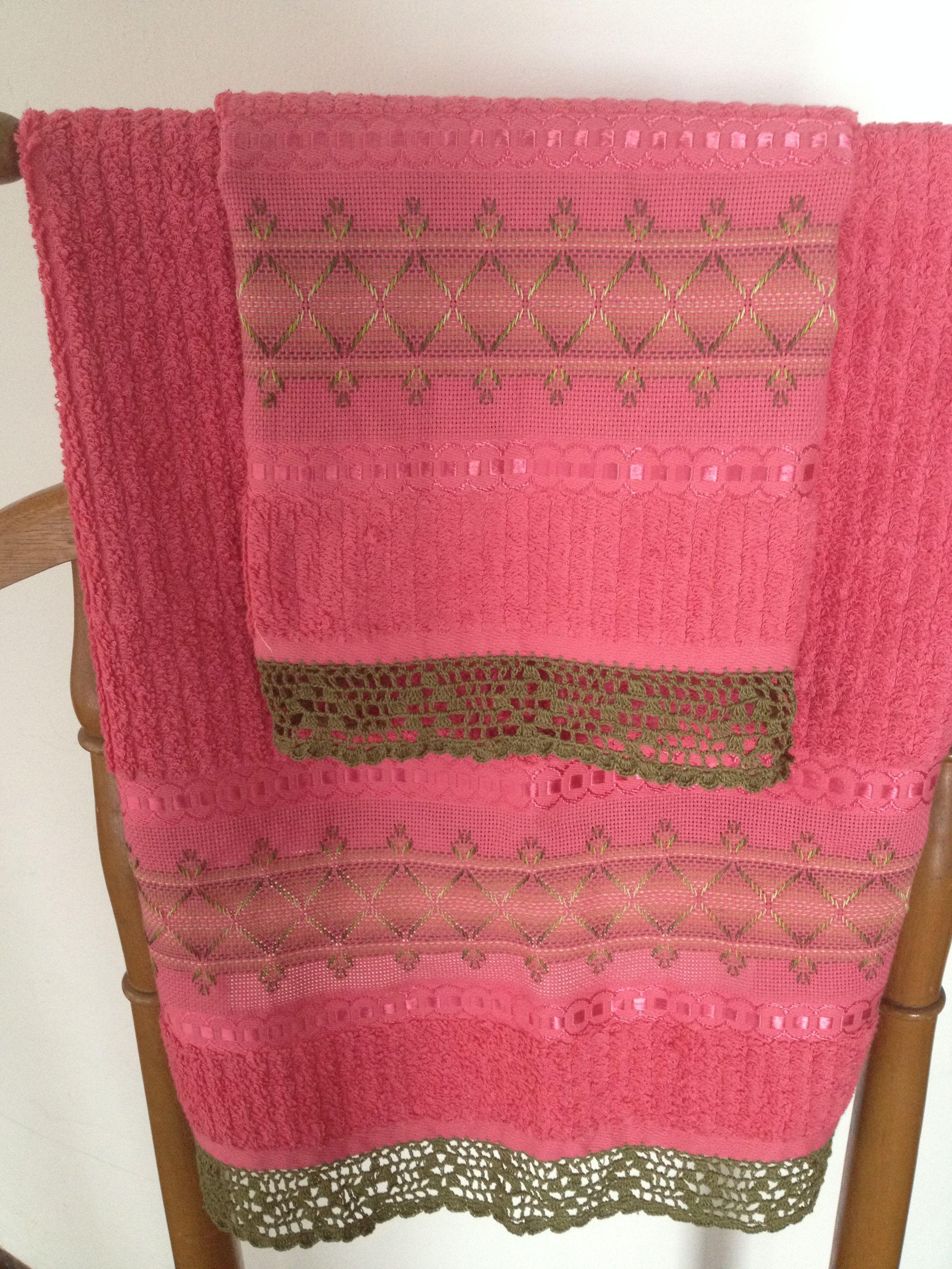 Juego de toallas rosadas