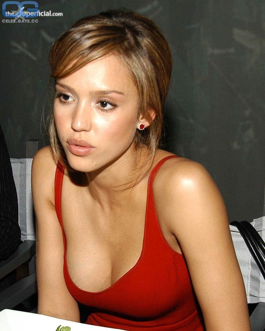 jessica alba nude real sex scenes