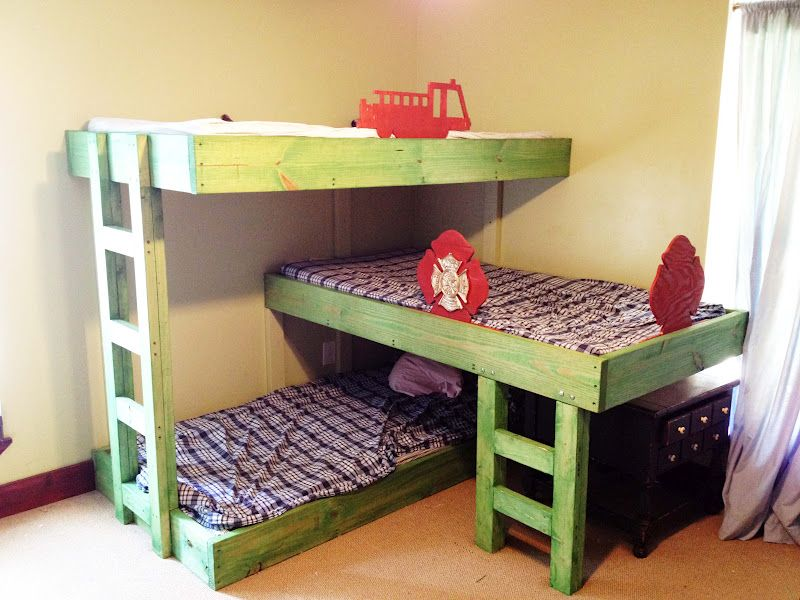 Triple Bunk Bed Plans Possibility To Attach A Bed Frame To Wall With Ladder At Support On End Hmmm J Triple Bunk Beds Plans Bunk Bed Plans Triple Bunk Bed