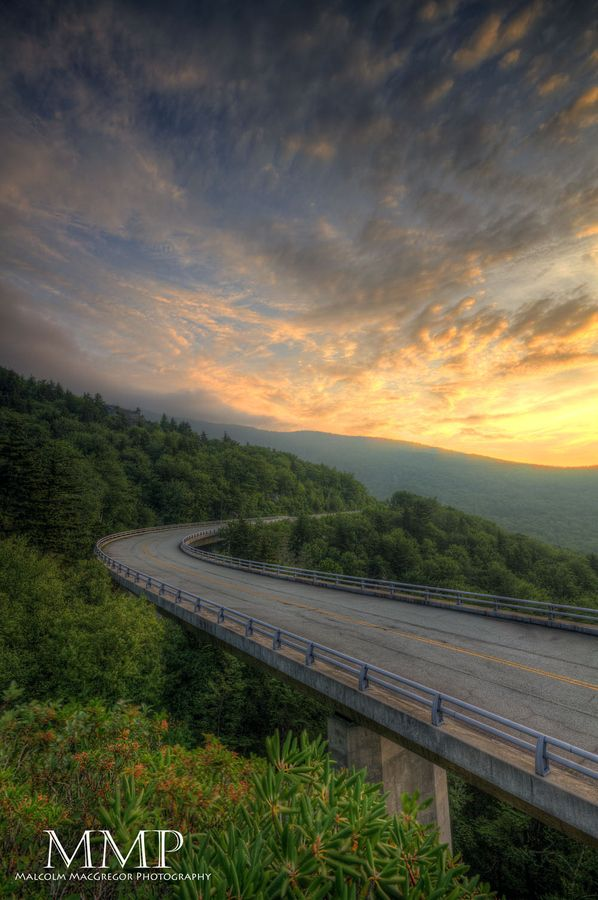 Blue Ridge Parkway... I want to drive from start to finish and take a photo at every overlook!