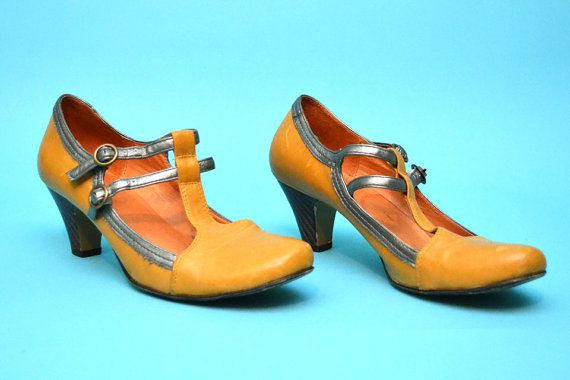Mustard Secretary Pumps by HotTrashVintage on Etsy, $25.00