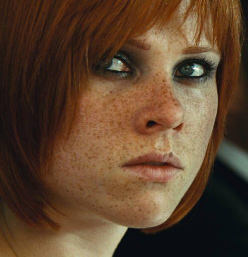 Redhead suck in theater