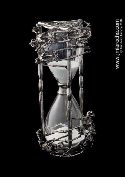 Résultats de recherche d'images pour «bone hourglass»