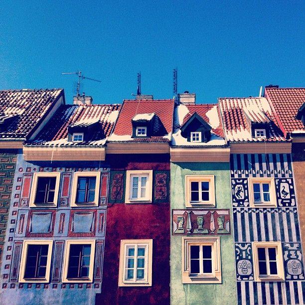 @houseresss photo: #colorful #houses #sunny #bluesky # ...