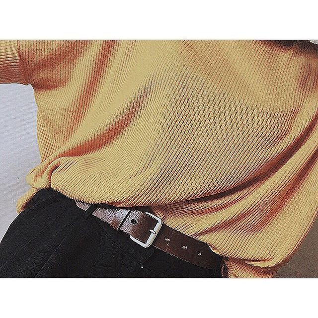 ksgsk_22. ドルマン的なこの黄色感がお気に入り  #hm#code#ootd#gap#forever21#instgood  #エイチアンドエム#ギャップ#コーデ #今日のコーデ#ドルマン#黄色トップス