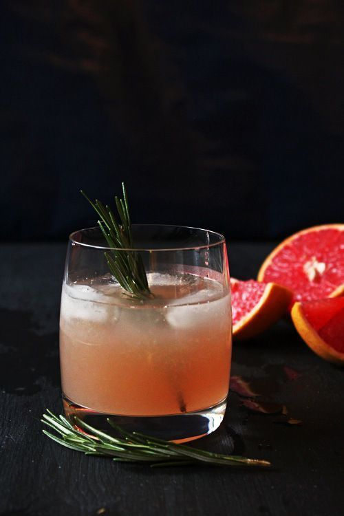 Rosemary Scented Grapefruit Cocktail #grapefruitcocktail Rosemary Scented Grapefruit Cocktail #grapefruitcocktail