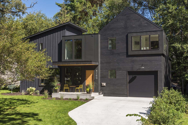 Urban Farmhouse In Minneapolis With Modern Industrial Details Modern Exterior Urban Farmhouse House Exterior