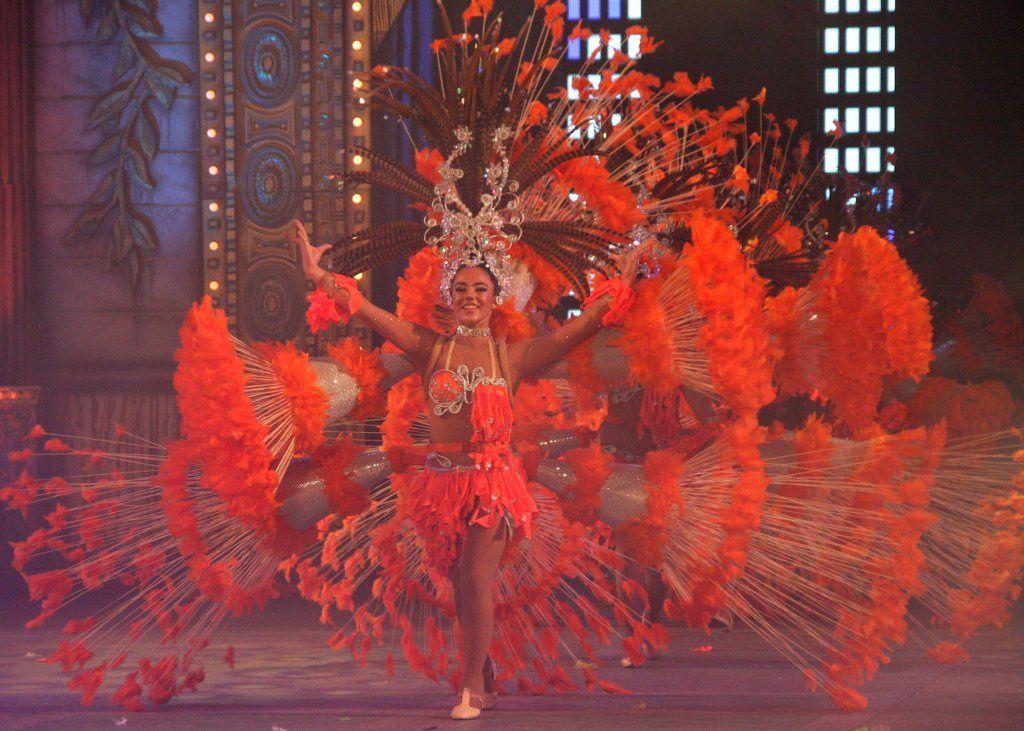 Las Palmas De Gran Canaria Carnaval 2013 Carnaval Bordado De Perlas