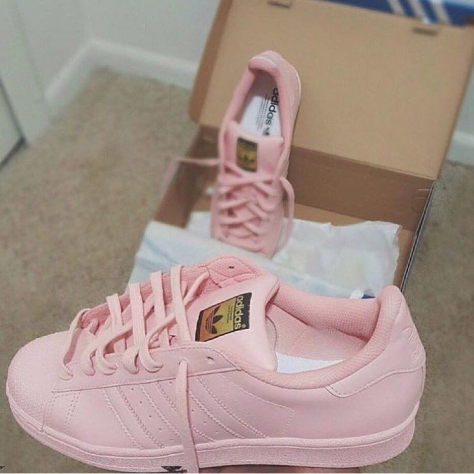 new concept 3c651 ef5a4 Cheap Adidas Shoes, Adidas Shoes Women, Women Nike, Pink Adidas, Summer  Outfits