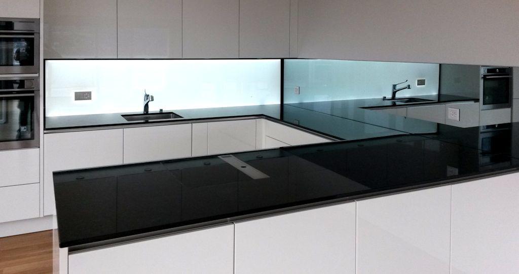 Beleuchtete Küchenrückwand ~ Beleuchtete küchenrückwand weiss aus esg glas mit led beleuchtung