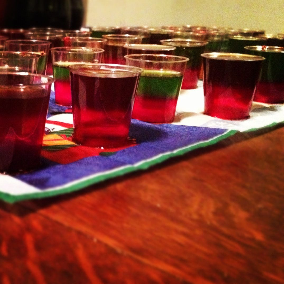 Christmas Jell-O Shot #jelloshot #followback (With Images