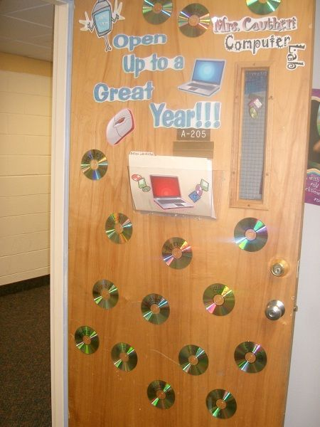 Computer Classroom Decoration : Door decor put names of homeroom teachers on cds