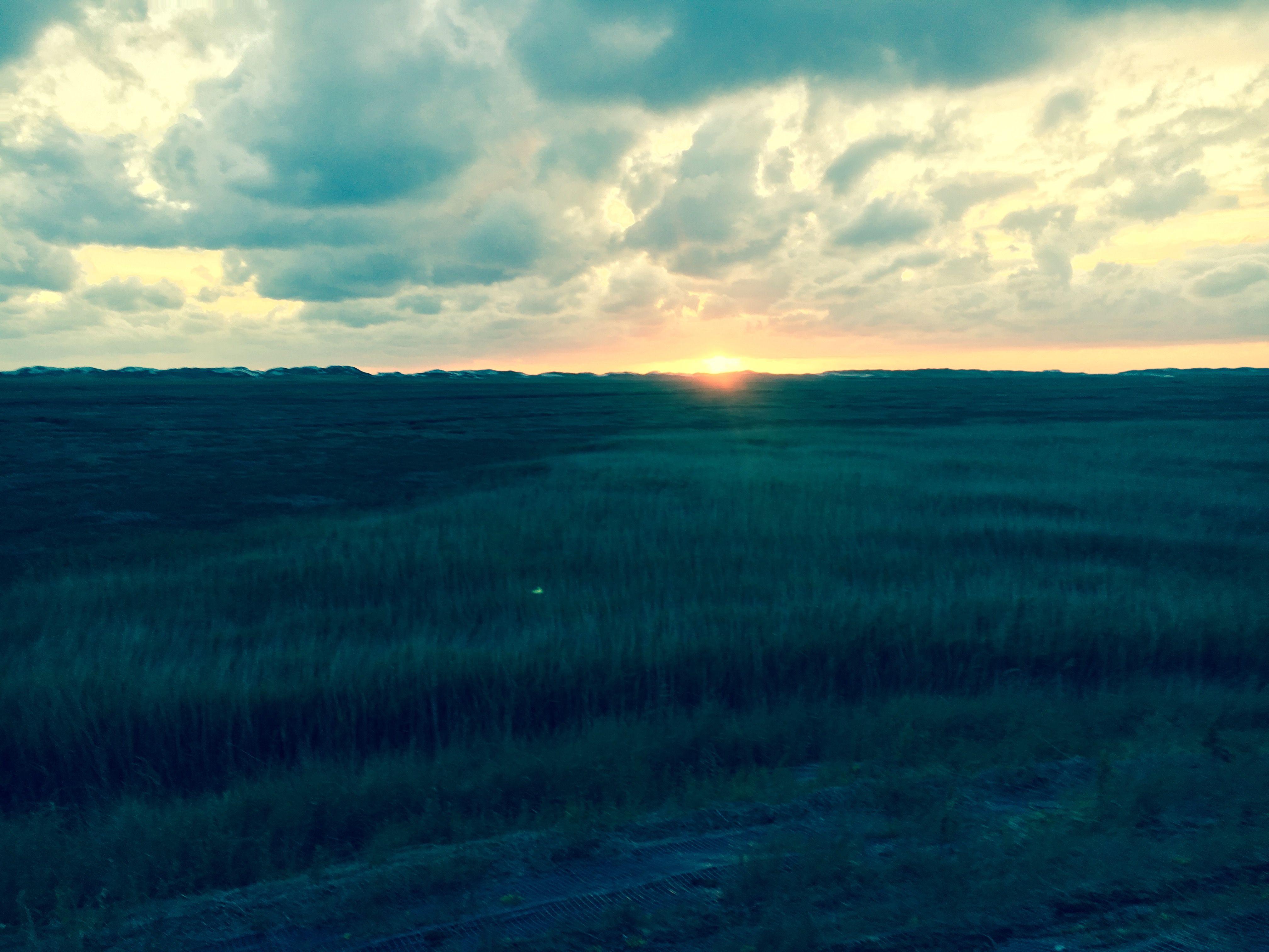 Strand nordsee sonnenuntergang  SPO Sonnenuntergang #spo #daskubatzski #strand #meer #nordsee ...