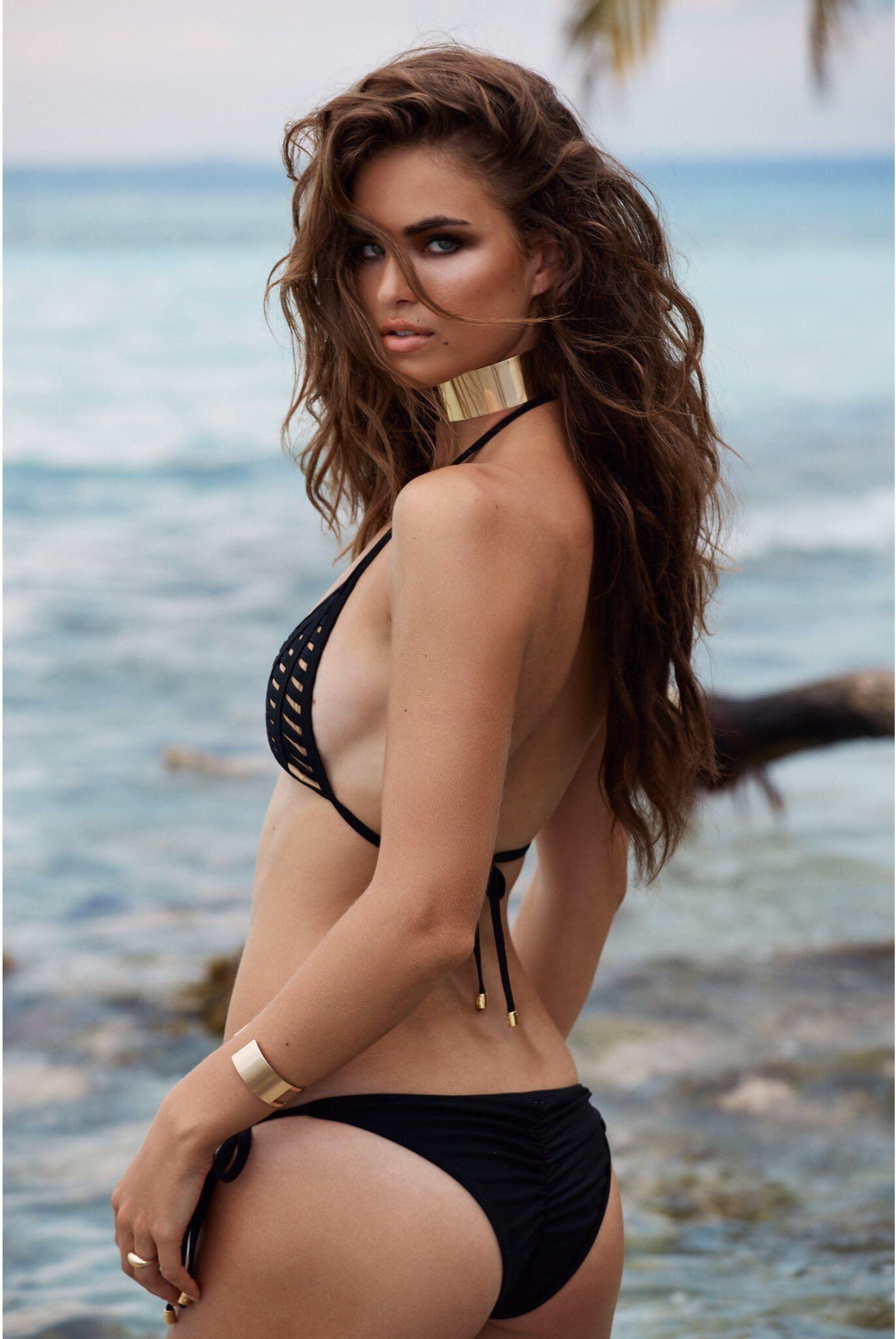 Bikini Robin Marjolein Holzken nude photos 2019