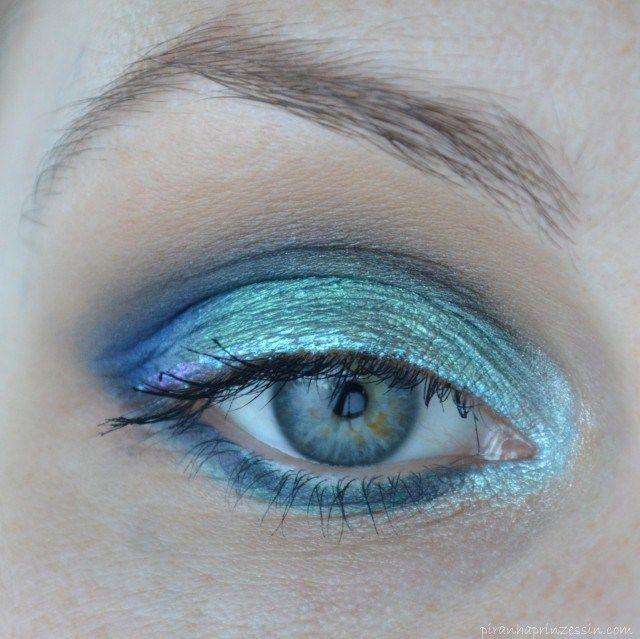 Blaues AMU mit Pigmenten von Zoeva und Fyrinnae