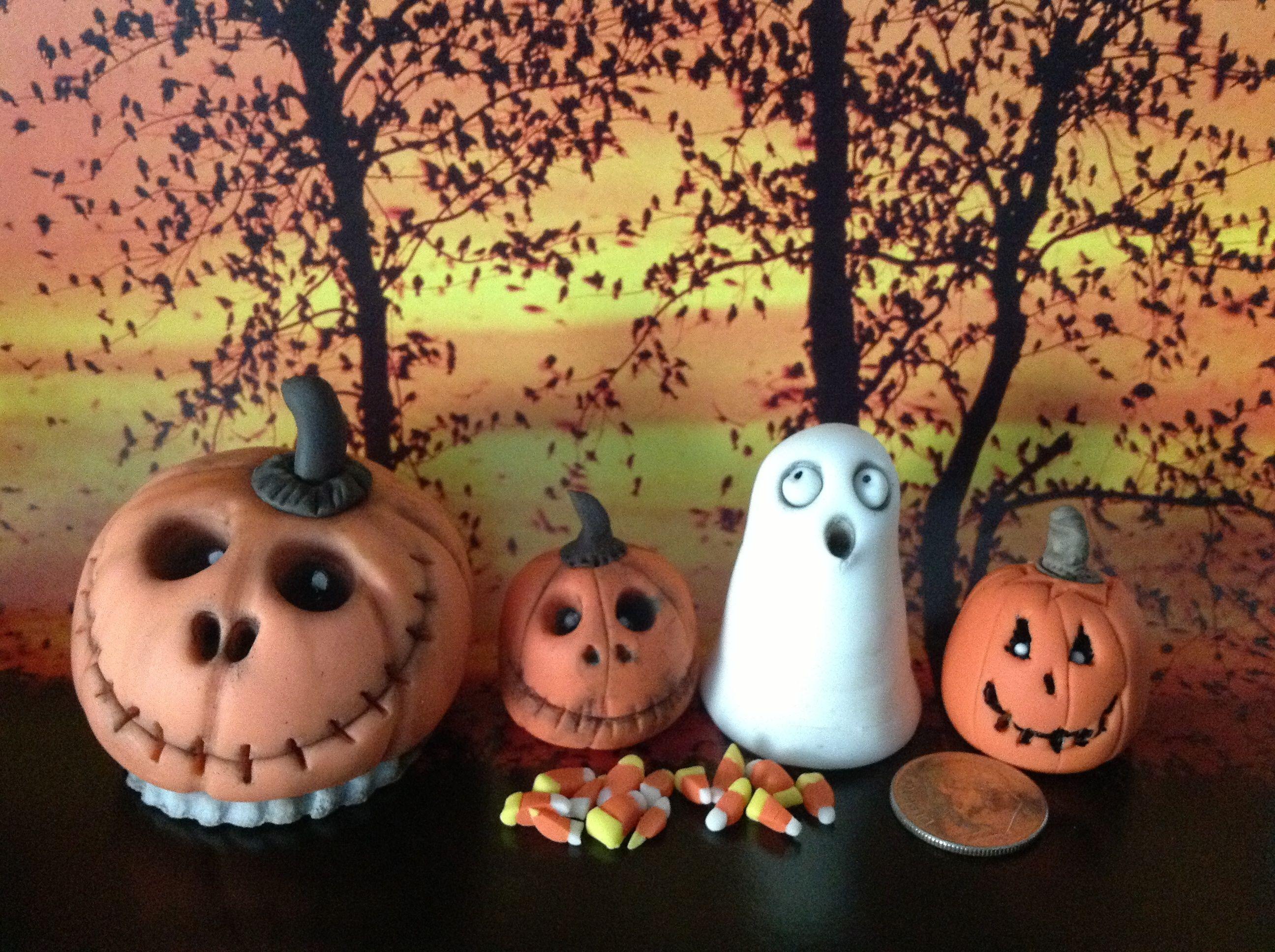 Spooky pumpkins by Sue's Sugar Creations