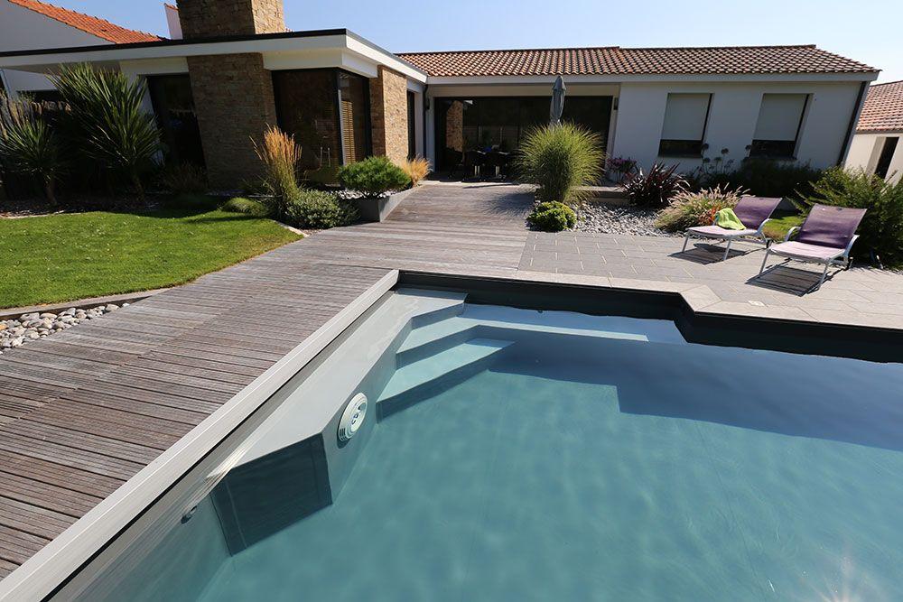 piscine avec liner gris clair - inspirez vous avec nos photos d 39 escalier de piscine en