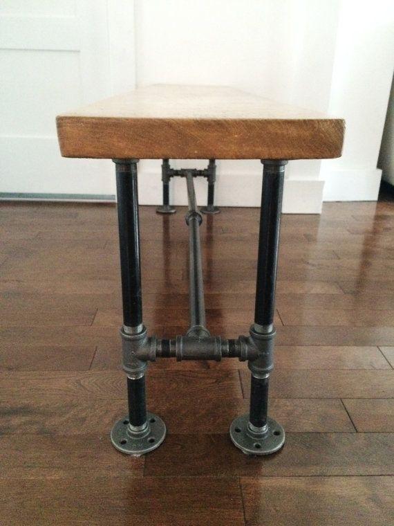 banc en bois recycl avec base en tuyau de plomberie industriel style industriel rustique et. Black Bedroom Furniture Sets. Home Design Ideas