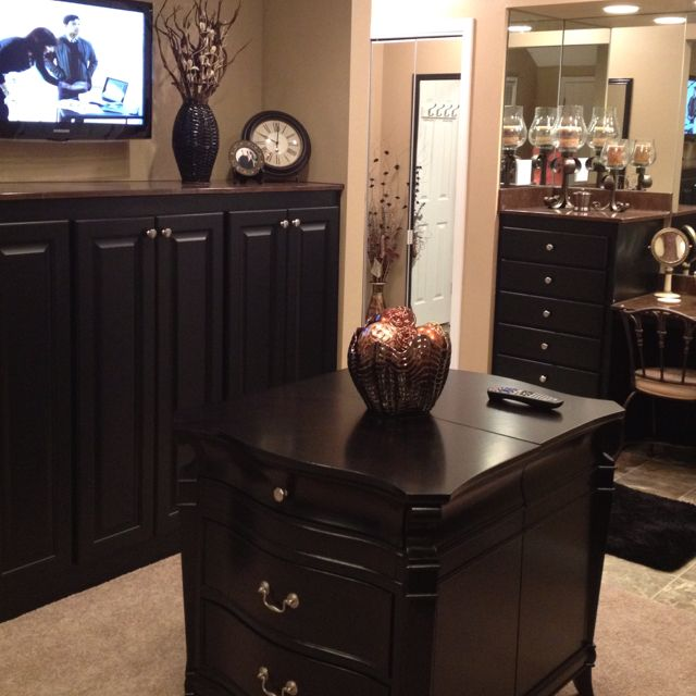 Bathroom/bedroom converted into a dressing area that I ...