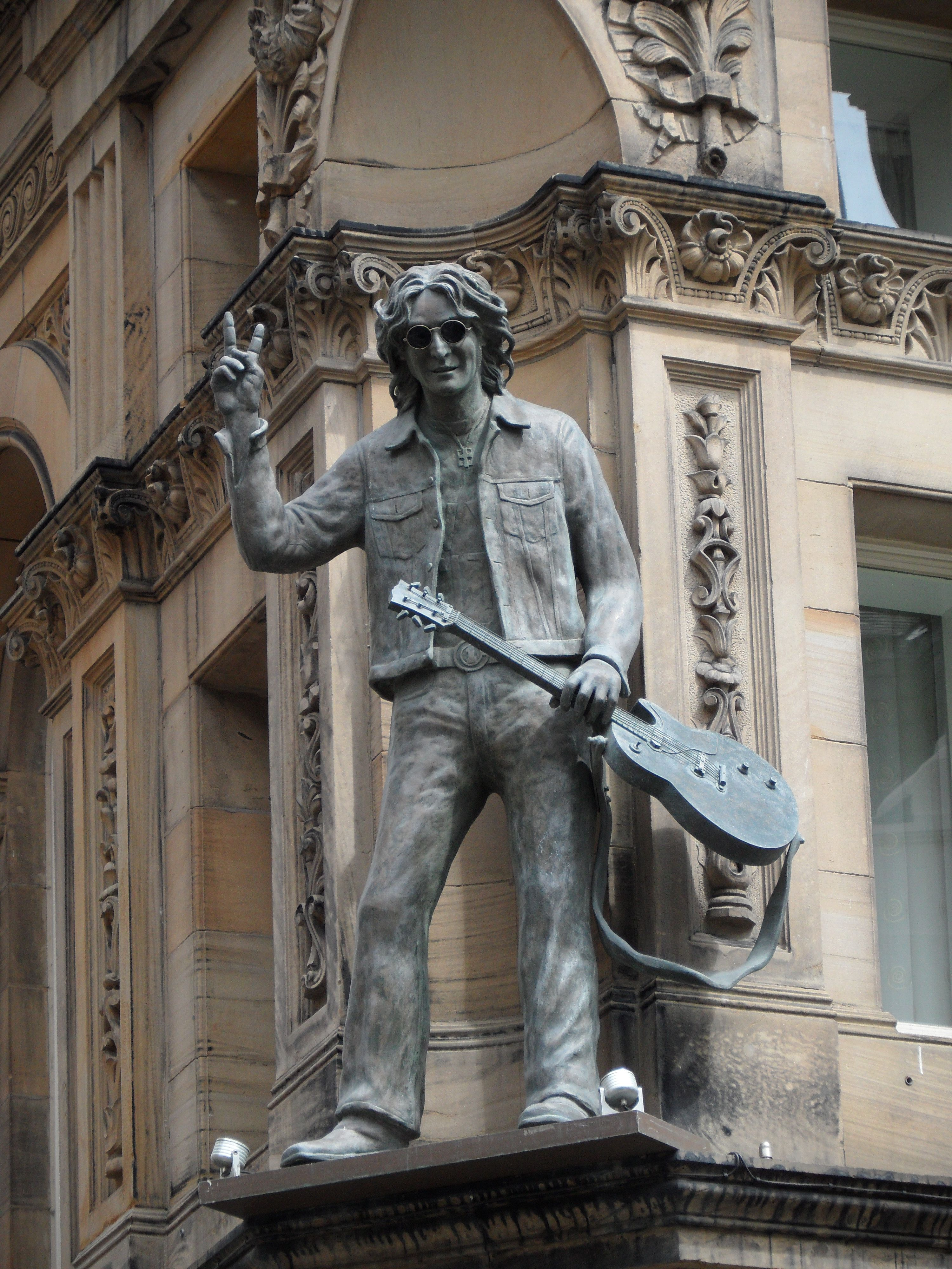John Lennon Statue Hard Days Night Hotel Liverpool
