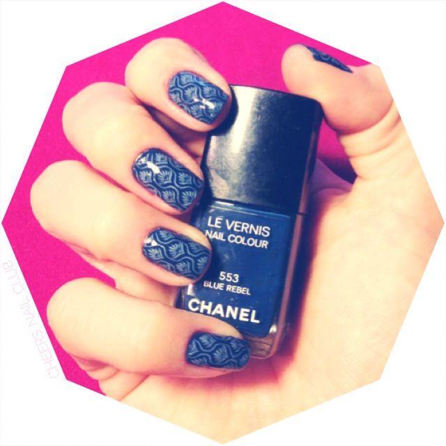 Chanel com Carimbo #nailart #vemprocheers