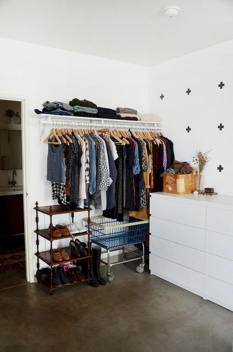 12+ Smart Small Apartment Decorating Ideas on A Budget  Small