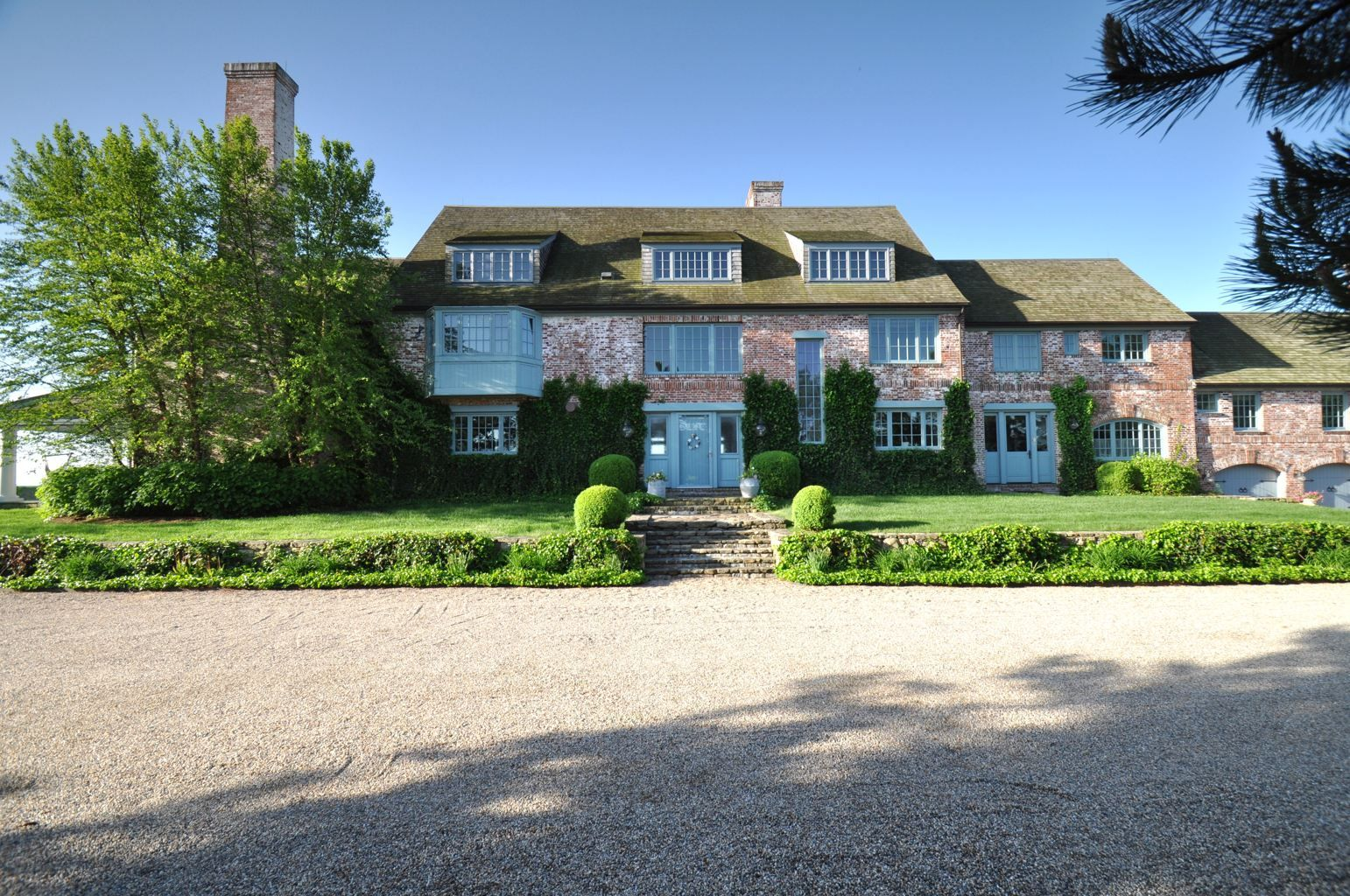 Katharine Hepburn S Paradise In Fenwick Connecticut Hollywood Homes Celebrity Houses American Mansions