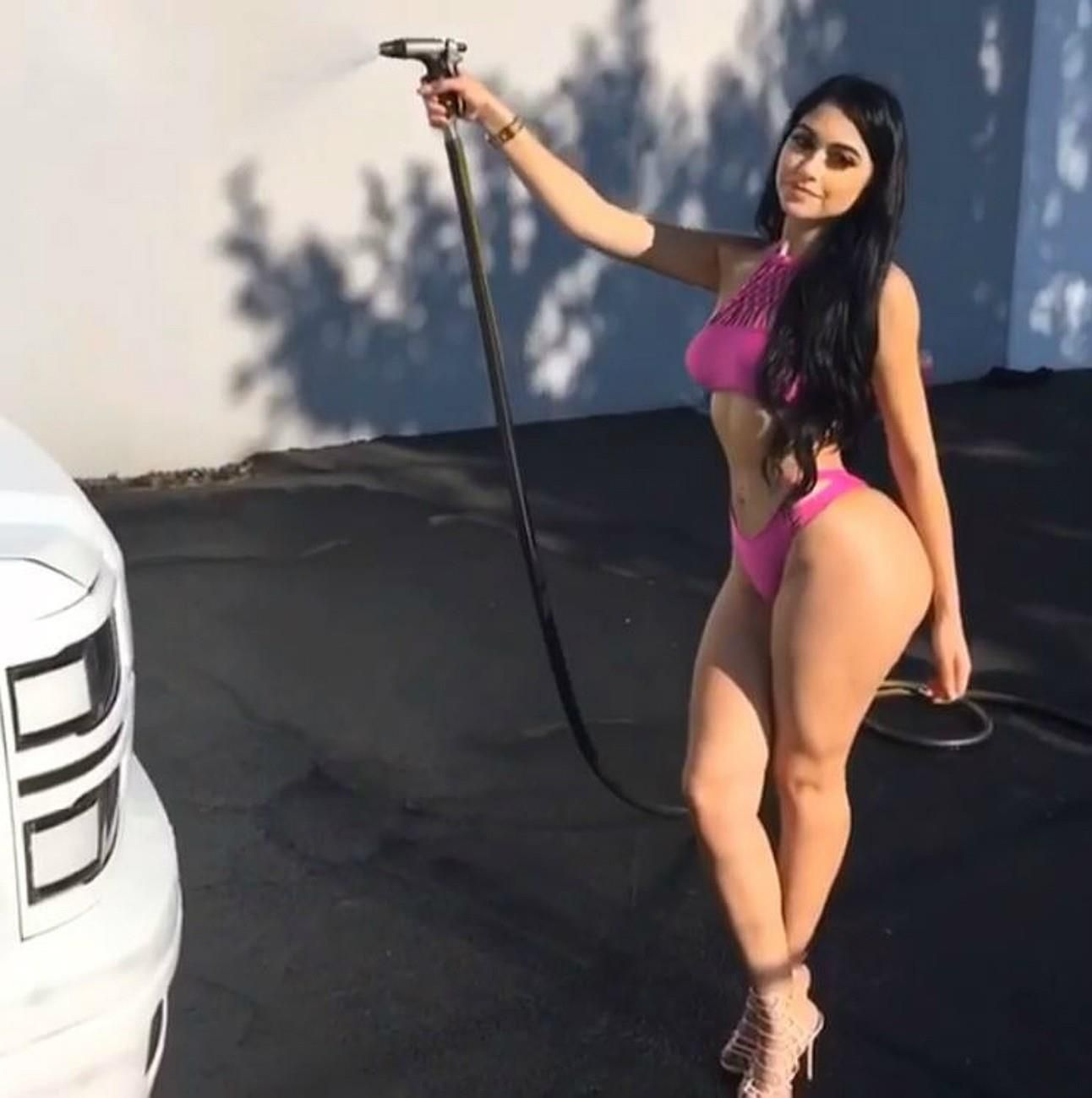 jailyne ojeda ochoa big booty brunette | girls & cars | pinterest