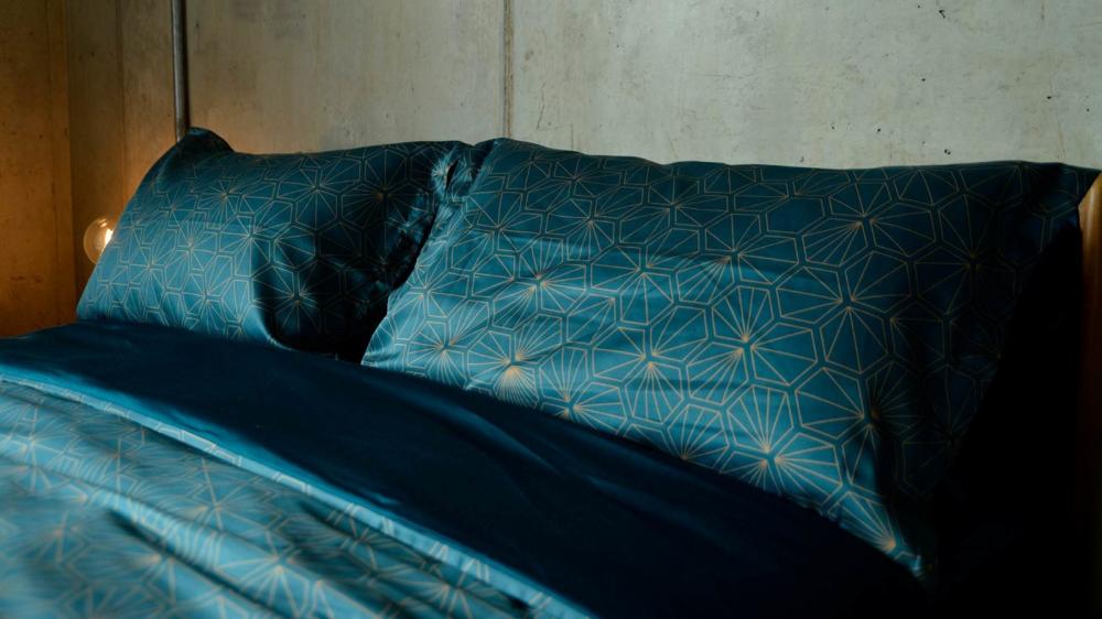 Luxury Dark Teal Bedding Hexagon Natural Bed Company Teal Bedding Teal Bedding Sets Teal Master Bedroom