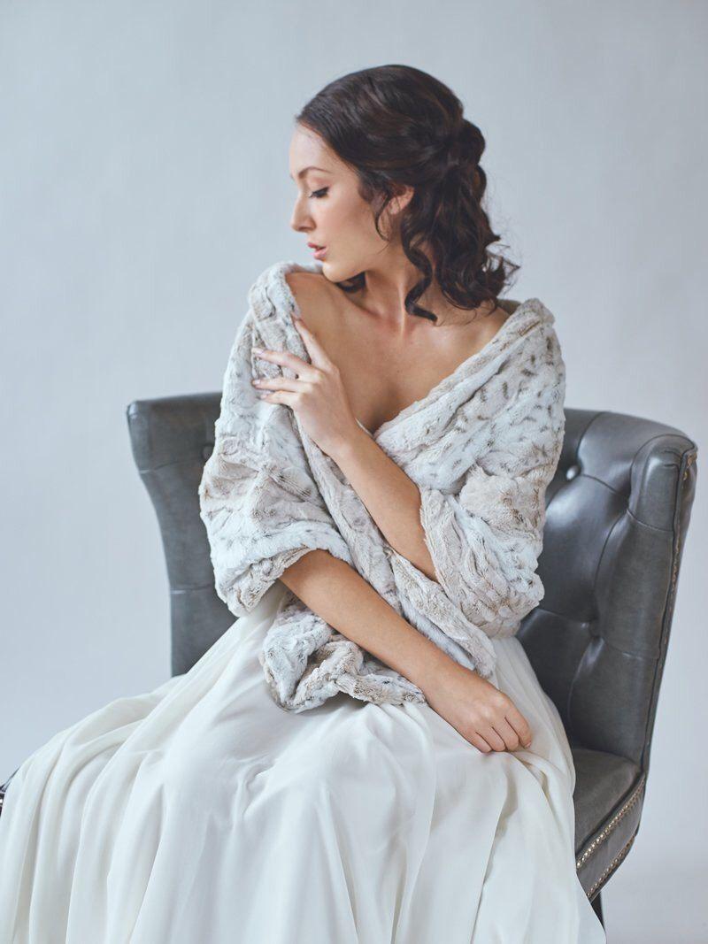 Wedding shawl | Faux Fur Stole | Winter Wedding | Bridal Fur Wrap ...