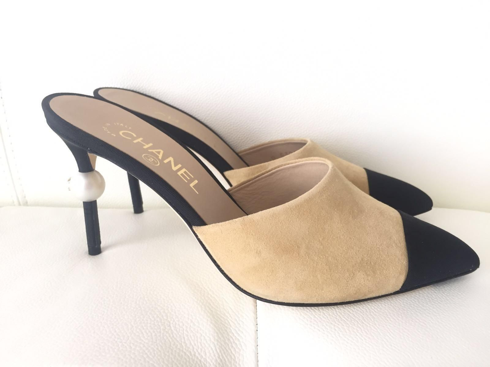 5d906ee5b4ff2 Chanel Runway Suede Heels Pearl Pumps 35 BEIGE Mules. Get the must-have  mules of this season! These Chanel Runway Suede Heels Pearl…