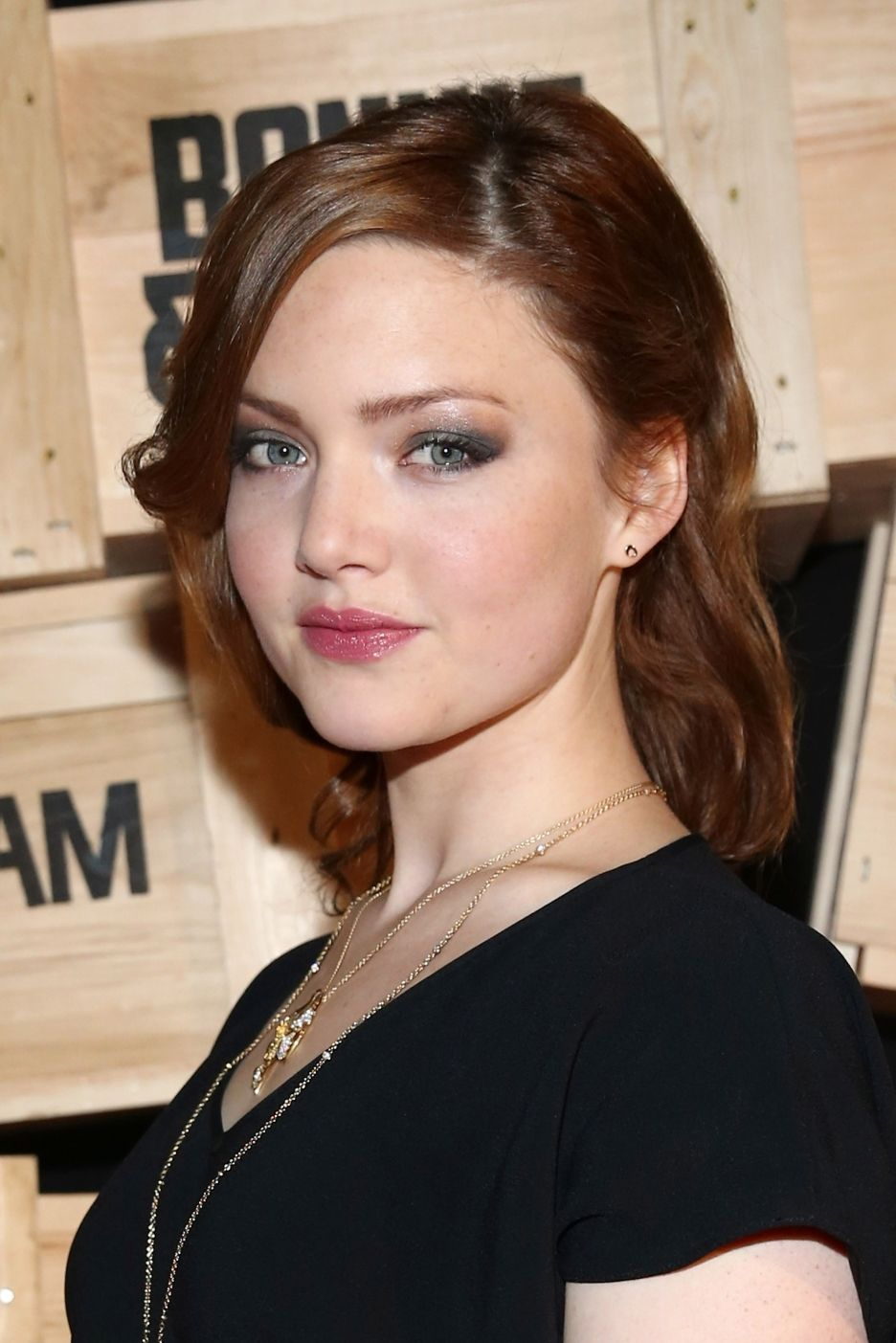 Holliday Grainger (born 1988) Holliday Grainger (born 1988) new images