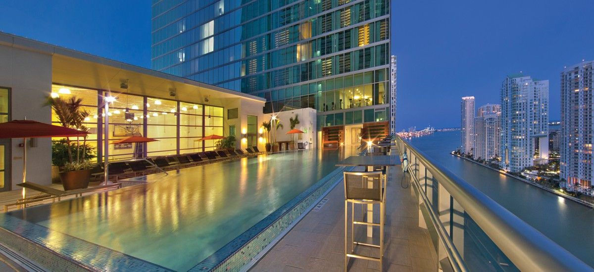 Discover Downtown Miami At Our Luxury Hotel Jw Marriott Marquis Features A Relaxing Spa Stainless Steel Sky Outdoor Pool And Award Winning